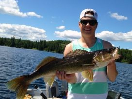 Dylan Weaver 32.5in Walleye